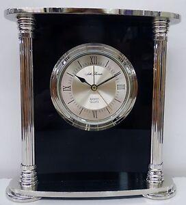 """SETH THOMAS QUARTZ TABLE CLOCK """"HILLIARD"""" Model #TSI1541"""