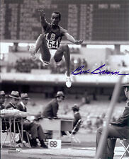 USA Gold Medalist Bob Beamon  autographed action 8x10   Photo