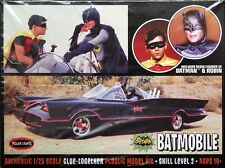 1966 Batmobile with Batman and Robin Figures 1:25 Scale Polar Lights Plastic Kit