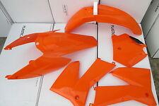 RACE TECH  ORANGE   PLASTIC KIT  KTM 2005 2006 SX SXF &  2006 2007 EXC EXCF