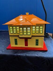 MTH 10-4036  Tinplate Cream & Orange #437 Switch Tower