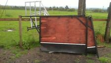 Horse lorry partitions