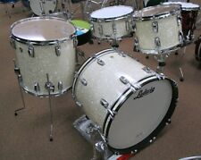 USA Ludwig 'Classic Maple' Kit white marine pearl