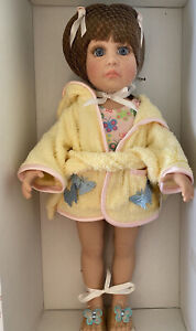 RARE Vtg Effanbee  Beach Baby Katie Doll Brown Hair NRFB