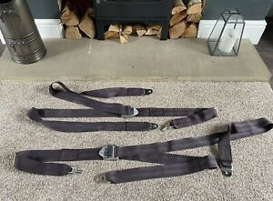 Irvin seat belts for all classic Ford Cars + Cortina Escort Lotus ect seatbelts