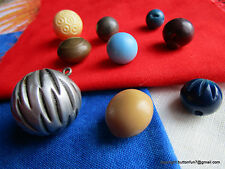 2853 – Nine Cool Ball or Modified Ball Vintage Buttons – Various Materials