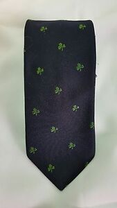 Pride of England Vintage Embroidered Shamrock Tie Silk/Polyester 57L x 3W   (T1)