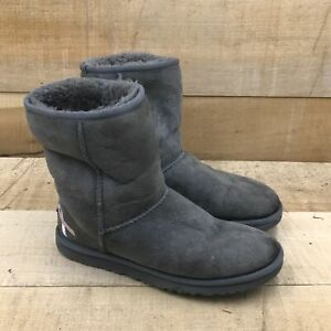 UGG Womens Gray Suede Mid Calf Round Toe Pull On Flat Winter Boots Size 6