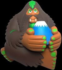 BIGFOOT'S MOUNTAIN SPIRIT FUJISAN DESIGNER VINYL FIGURE ARTIST BIGFOOT ONE