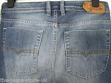 DIESEL Zatiny Jeans Bootcut 0839 C W28 L30 (3030) £ 109.99 VENDITA £ 79.99