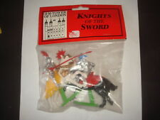 FIGURINE BRITAINS MOYEN AGE 2 CHEVALIERS TOURNOI KNIGHTS OF THE SWORD + BLISTER