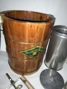 White Mountain 4 Quart Hand-Crank Ice Cream Maker Wooden Bucket Homemade