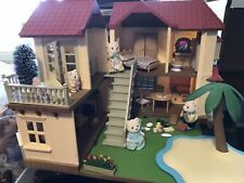 Calico Critters Town House with Polar Bears Family including Accessories. Used