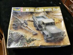 Vintage Revell M-35 Truck with Gun 105m Howitzer 1/40 Model Kit #8004 Sealed Box