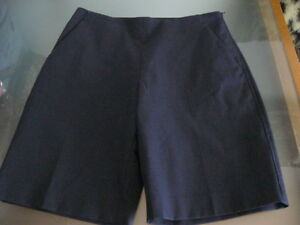 Theory Nordstrom NEW $190 dress casual designer shorts women Shorts size 2