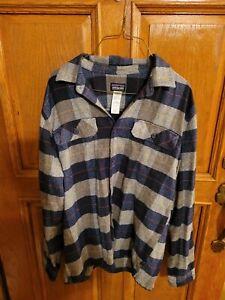 Patagonia Mens Organic Cotton Long Sleeve Thick Flannel Feel Shirt size medium