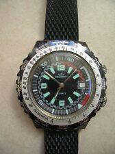 Ancienne montre de plongée Decerny Quartz avec dateur fonctionne 4,38 cm