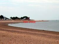 PHOTO  2001 EXMOUTH BEACH LOOKING IN THE DIRECTION OF THE MAER