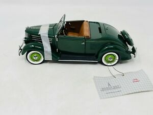 1936 Ford Deluxe Cabriolet 1/24 Scale Limited Edition Franklin Mint B11XA09