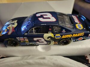 Ron Hornaday #3 Napa Dracula Monsters 2000 Chevrolet Monte Carlo autographed