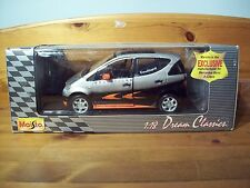 1/18 MAISTO DAVID COULTHARD MERCEDES A CLASS F1 DESIGN