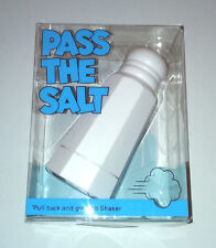 PASS THE SALT Pull Back Motor SHAKER BOTTLE ON WHEELS Table Guest NOVELTY GIFT