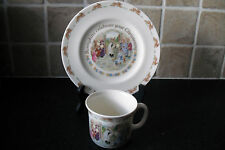 BUNNYKINS CHRISTINING MUG 1988,PLATE 1991.FONT SCENE.EXCELLENT CONDITION.USED.