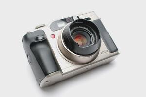 Fuji Fujifilm GA645 Zi GA645Zi 645 120 film camera, excellent