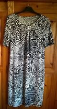 M&S Black & Cream patterned Dress Size 12 short sleeves