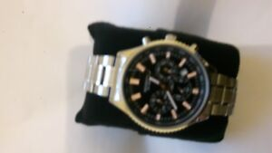SECONDA Brand New Men`s / Unisex Wrist BLACK DIAL  FACE Watch with Gift (C6379)