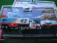 Auto World Petty Racing Semi Rig & Car Set HO Xtraction Slot Car Run On Tomy AFX