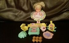 Vintage Cherry merry muffin doll, miniature & Cupcake CAFE Accessoires