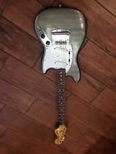 REPAINTED 1976 FENDER MUSTANG ELECTRIC GUITAR 635449 *WITH HARD CASE*