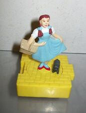 WIZARD OF OZ BLOCKBUSTER DOROTHY & TOTO FIGURE