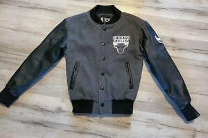 NBA Chicago Bulls Youth Boy Sz 8 Small Bomber Jacket Wool Blend Gray Black White