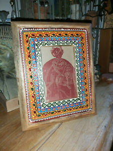 INDIAN HAND PAINTED MANGO WOOD STANDING PHOTO FRAME WITH DECORATIVE GLASS BEADS