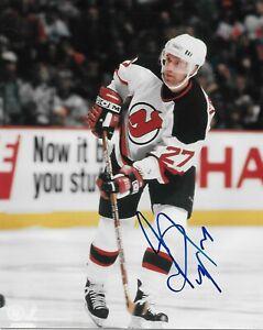 Auto. New Jersey Devils Hall of Famer Scott Niedermayer 8x10 Photo Original