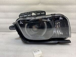 2010 2011 2012 2013 Chevrolet Camaro OEM Headlight Right Passenger Xenon HID