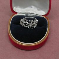 Sterling Silver cluster style Flower ring 925 hallmark size 8