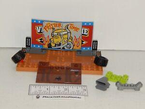 Lego Juniors 10744 Disney Cars 3 Crazy 8 Race Fritter Sign Scene Part Only