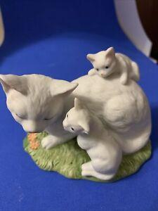 Alexander Fine Porcelain 1989 Collection - Cats