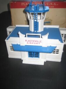VINTAGE PLASTICVILLE O GAUGE AIRPORT ADMINISTRATION BUILDING # AD-4 -BOX-C-6