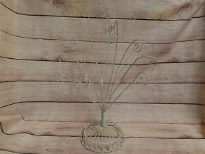 VTG WHITE WIRE RING POST CARD PHOTO RECIPE HOLDER TREE STAND DISPLAY COTTAGE BOH