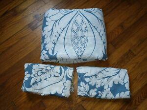 Full/Queen Pottery Barn 100% Linen Damask Blue White Duvet Cover Set