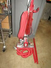 Vintage 1970s Kirby Vacuum Cleaner Model Classic Iii 2-Cb Red. Z388