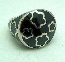 Enamel Flower Ladies Ring Dome Black Band Stainless Steel 316L Fashion Gift