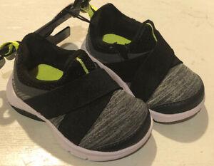Wonder Nation Infant Casual Size 2 Black/Grey