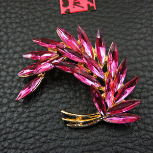 Betsey Johnson Fashion Rhinestone Enamel Feather Wings Charm Brooch Pin
