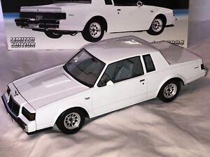 GMP 1:18 1986 Buick Regal T Type Gloss White 1 of 5004 NIB