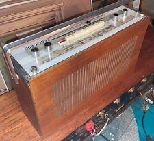 Bang Olufsen Radio. BEOLIT 800